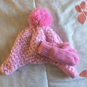 The Children's Place Hat and Mitten Set